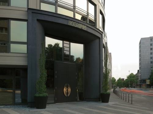 Roomers Hotel Frankfurt building