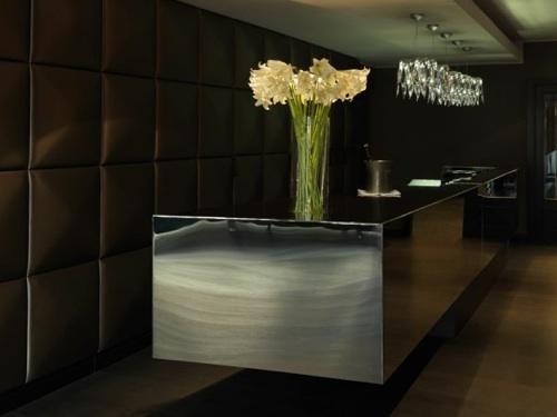 Roomers Hotel Frankfurt lobby