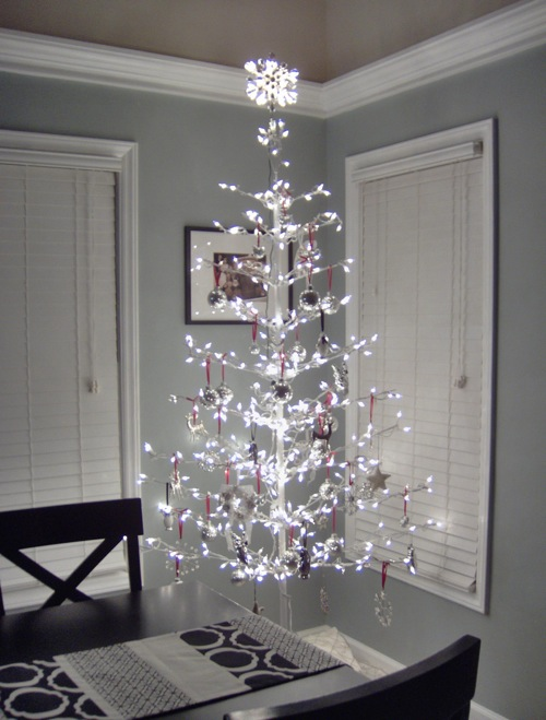 White Modern Christmas tree