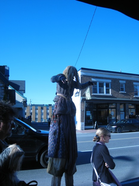 Modern Ottawa : Festival Westboro Village Ottawa Witch on Stilts