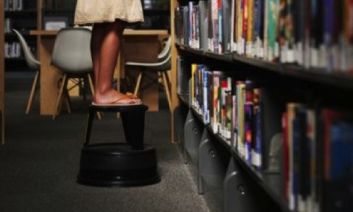 Library step stool