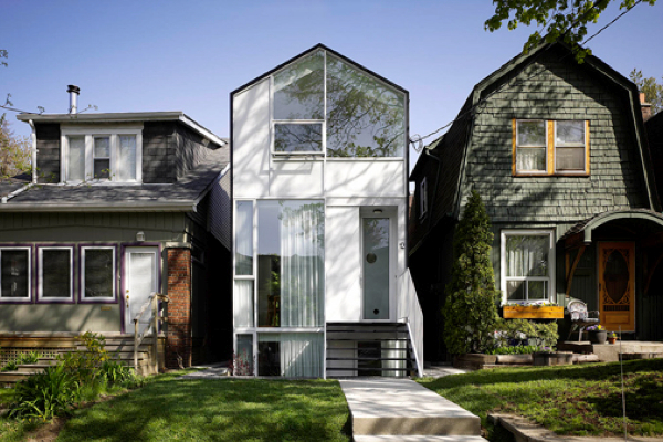 Modern Toronto home Cassels Avenue project by Reigo and Bauer